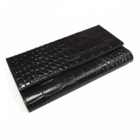 Визитница Protege Classique из натуральной кожи на 72 карточки, черная с тиснением Крокодил, на кнопках, с двумя карманами